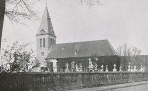 Kirche und neuer Glockenturm, Ansicht von Südosten, nach 1902, vor 23. April 1945