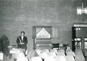 Kirchenraum, Blick zur Orgel, vor 1994