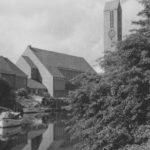 Neue Martin-Luther-Kirche (erbaut 1954–58), Ansicht von Nordosten, Foto: Ernst Witt, Hannover, 1959