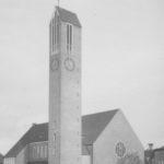 Neue Martin-Luther-Kirche (erbaut 1954–58), Ansicht von Nordwesten, Foto: Ernst Witt, Hannover, 1959