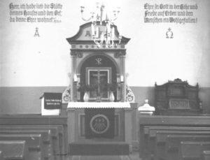 Alte Kapelle, Blick zum Altar, um 1960