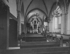 Kirche, Blick zum Altar und zur Orgel, 1914