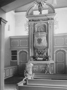 Kirche, Blick zum Altar, Foto: Ernst Witt, Hannover, 1965