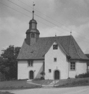 Kirche, Ansicht von Südosten, Foto: Ernst Witt, Hannover, 1959