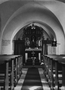 Kirche, Blick zum Altar, um 1946