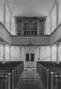 Kirche, Blick zur Orgel, Foto: Ernst Witt, Hannover, 1966