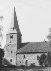 Kirche, Ansicht von Südosten, Teilansicht, Fotograf: P. Greve, Jöllenbeck (?)